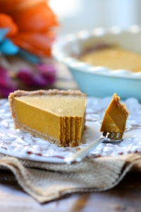 vegan-pumpkin-pie-the-spunky-coconut