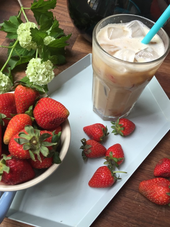 StrawberryIcedCoffeeLattee-HHDeern
